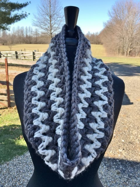 Stormy Weather Cowl - White and Gray