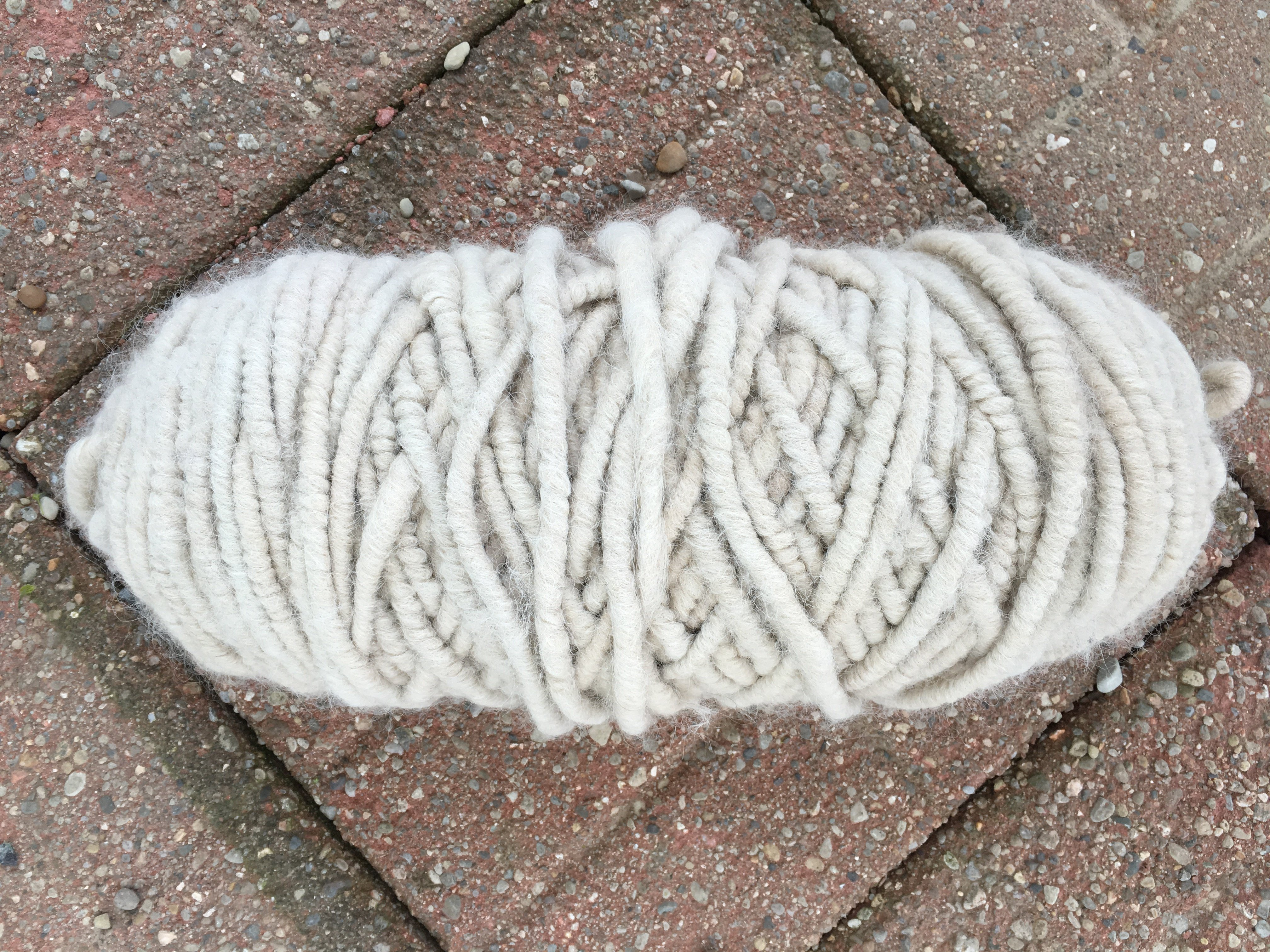 Suri Alpaca Rug Yarn - Cream