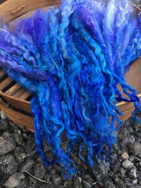 Long Suri Alpaca Locks, 11 Inches, Hand-Dyed, Indigo 18084