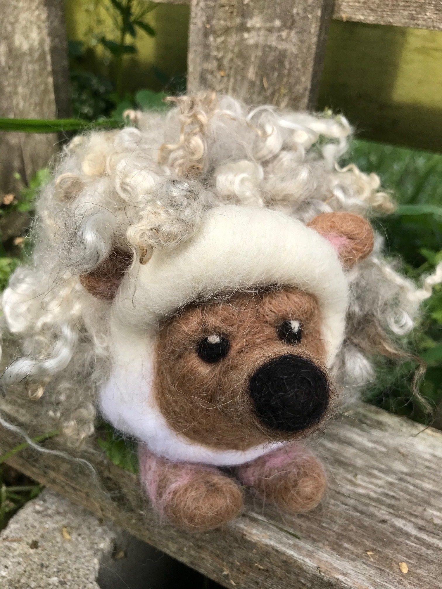 Hedgehog Needle Felting Class 18196
