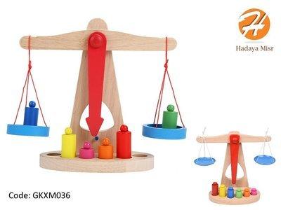 Educational wood scale toy لعبة تعليمية خشبية الميزان