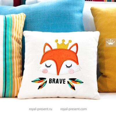 Fox in the crown Applique Embroidery Design - 6 sizes