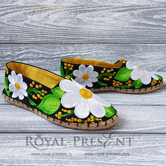 Daisies Espadrilles Machine Embroidery Pattern - 4 sizes
