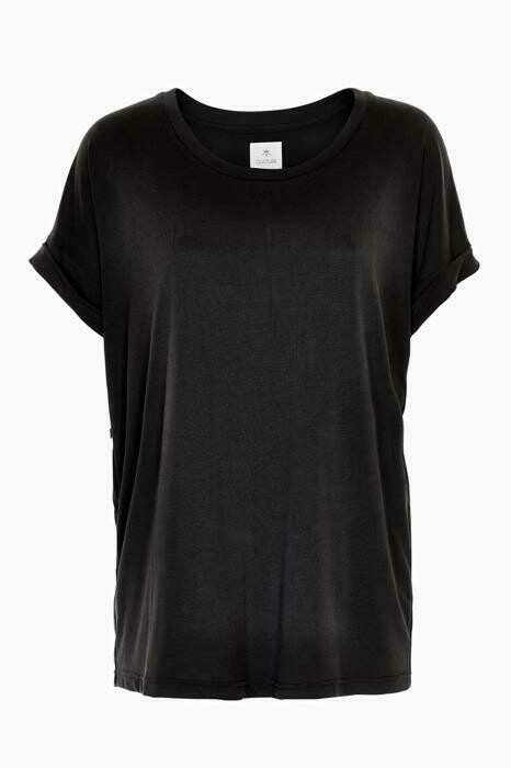 Kajsa T-shirt-Black Wash