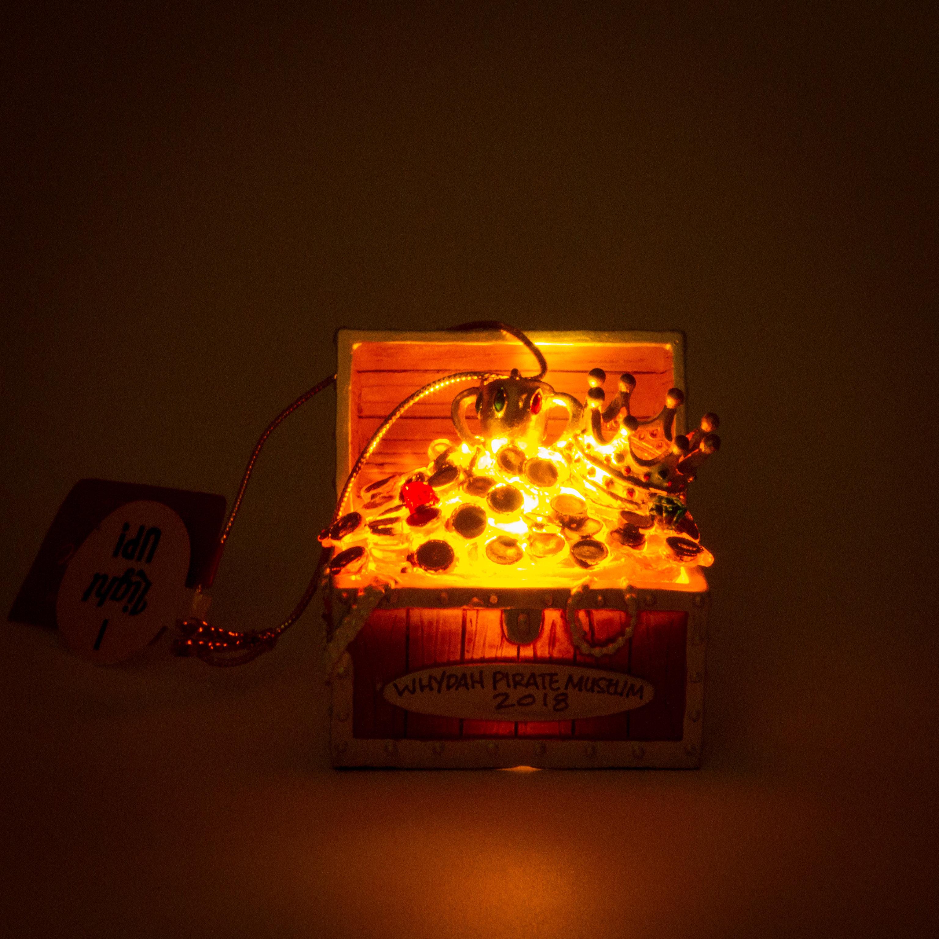 Light-up Chest Ornament