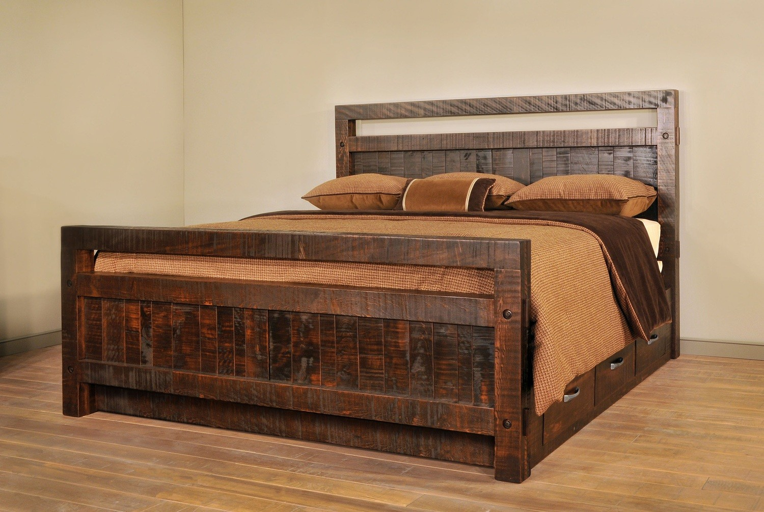 Timber Queen Bed by Ruff Sawn