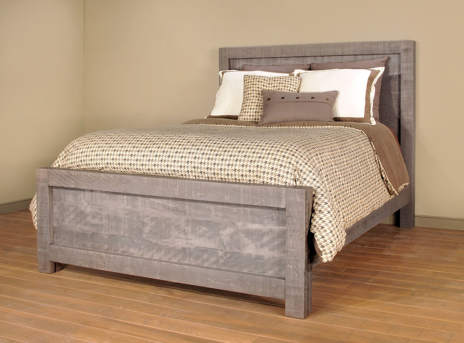 Sequoia Queen Bed by Ruff Sawn