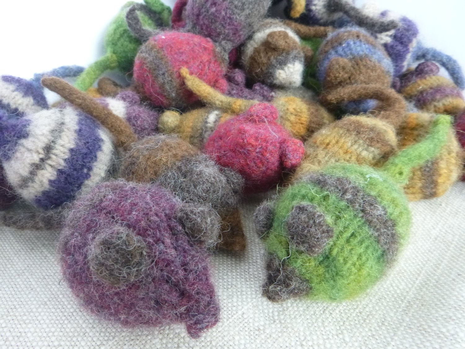 Felted Catnip Mouse