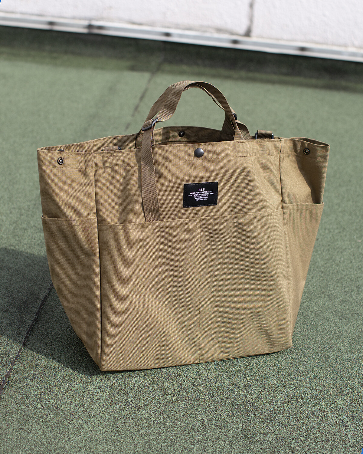 BIP CARRY-ALL BEACH BAG IN BEIGE