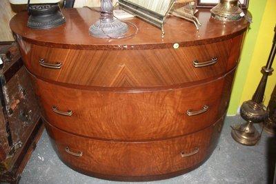 Dresser - Art Deco Vintage