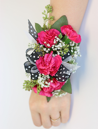 Miniature Carnation Wristlet