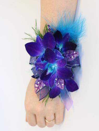 Dendrobium Orchid Wristlet 030A141-6401