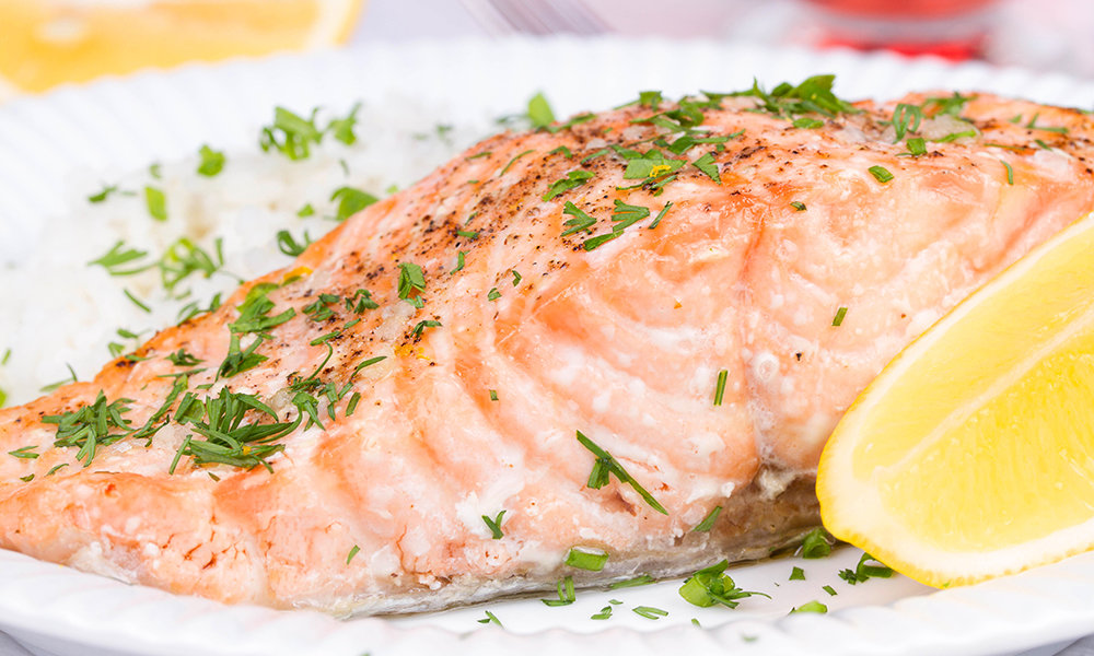 Poached Salmon with Lemon and Dill 091A016-6572