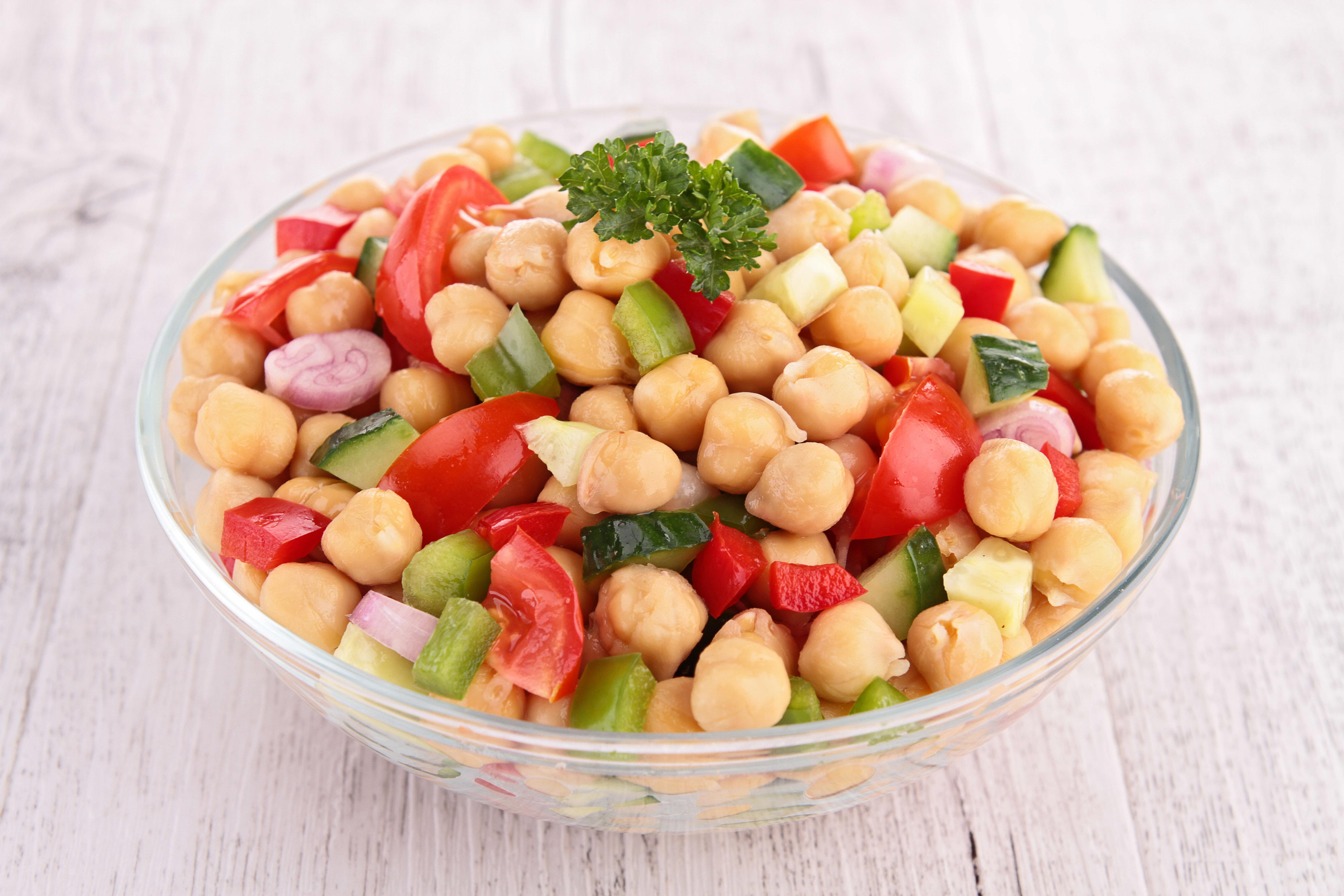 Chickpea Salad (per lb) 084A031-6886