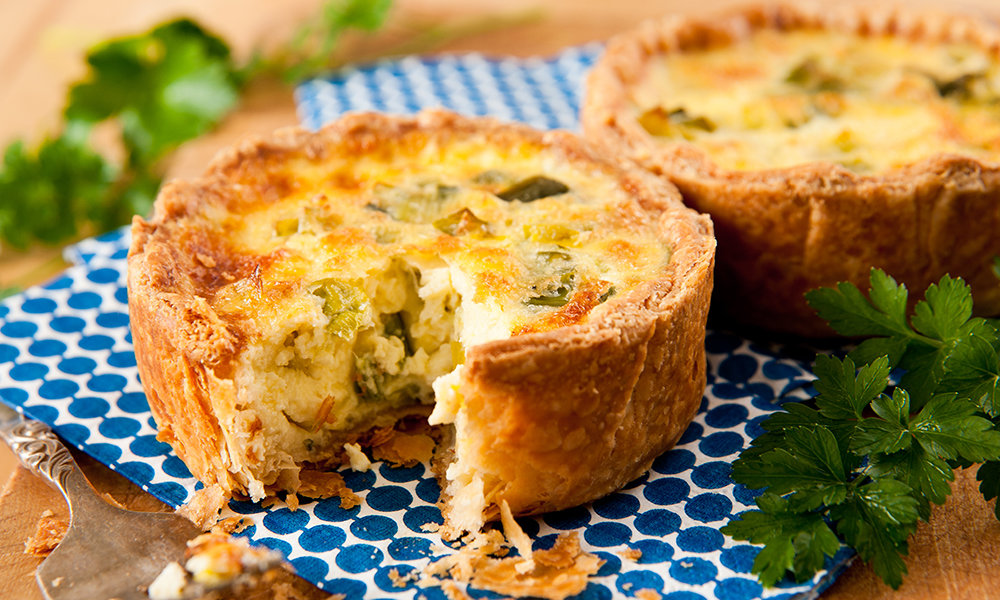 Assorted Mini Quiche 061A085-6913