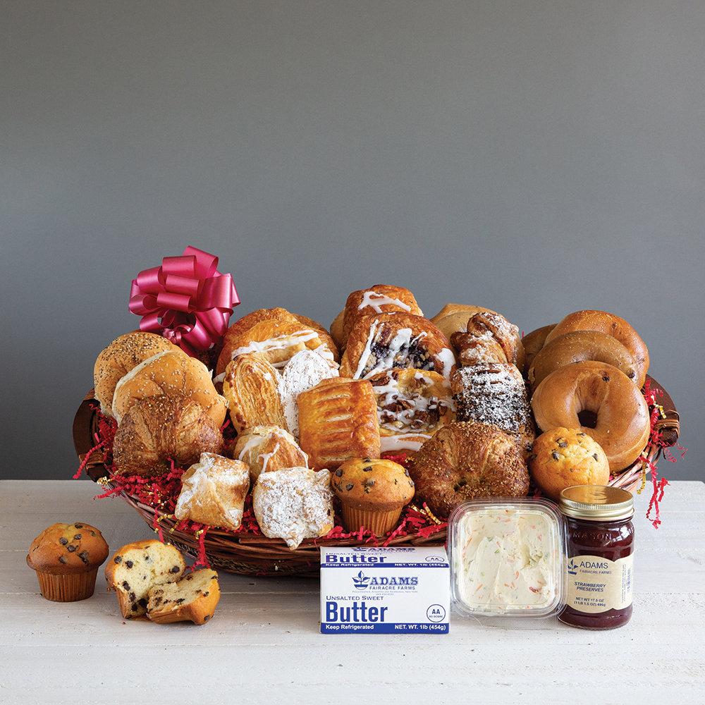 Adams Own Bakery Basket 040A47-6451