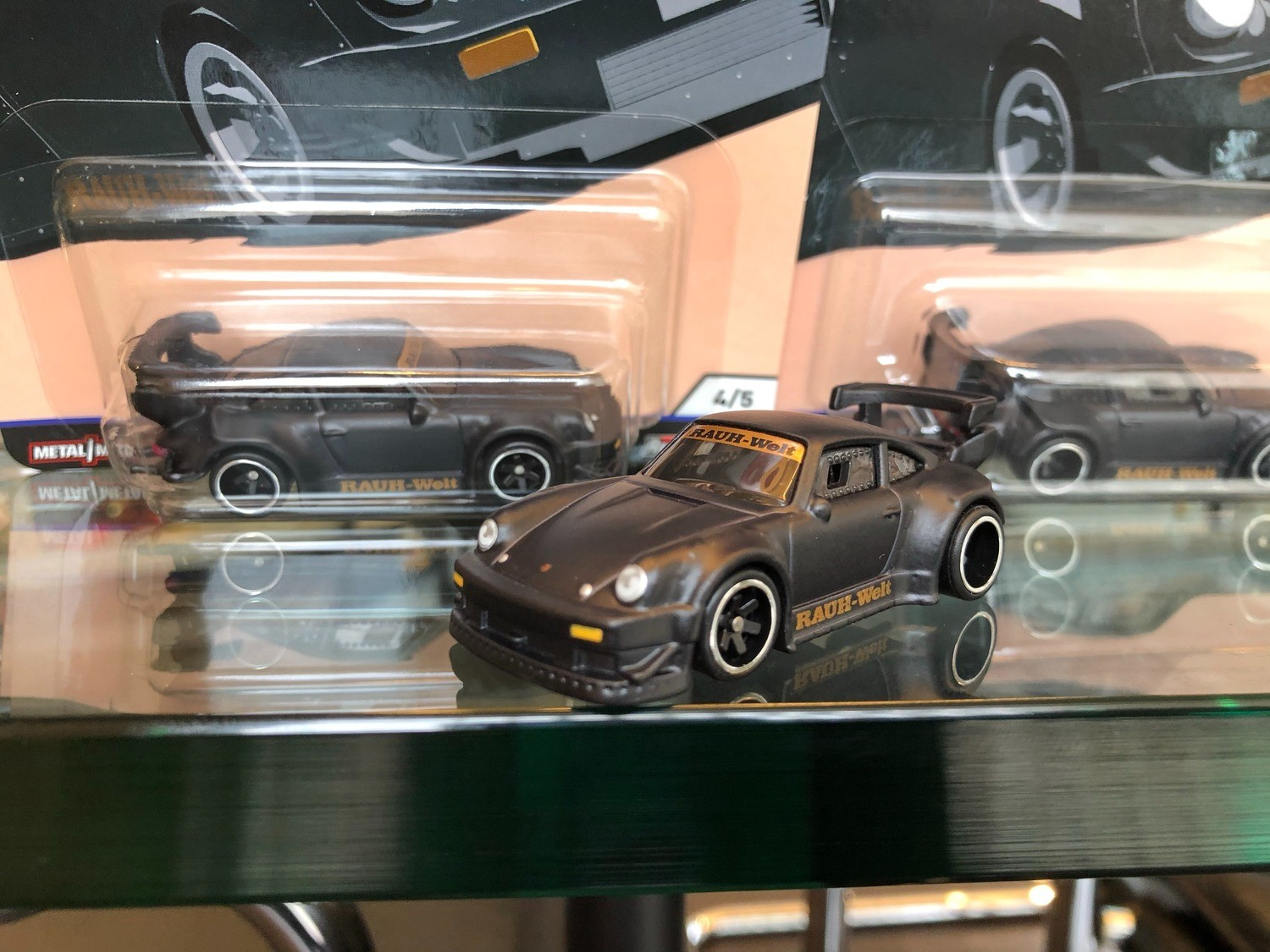 RWB x Hot wheels RWB 930 Stella Artois limited 500 official