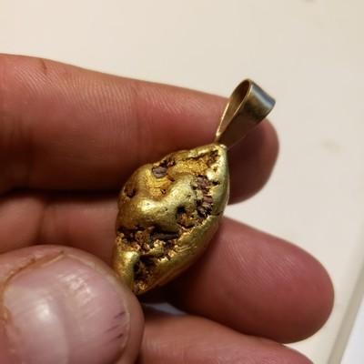 34.23 gram gold nugget pendant