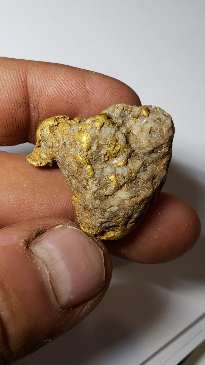 44.93 gram gold and quartz nugget