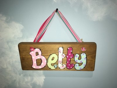 Girls Name Plaque (up to 5 letters)