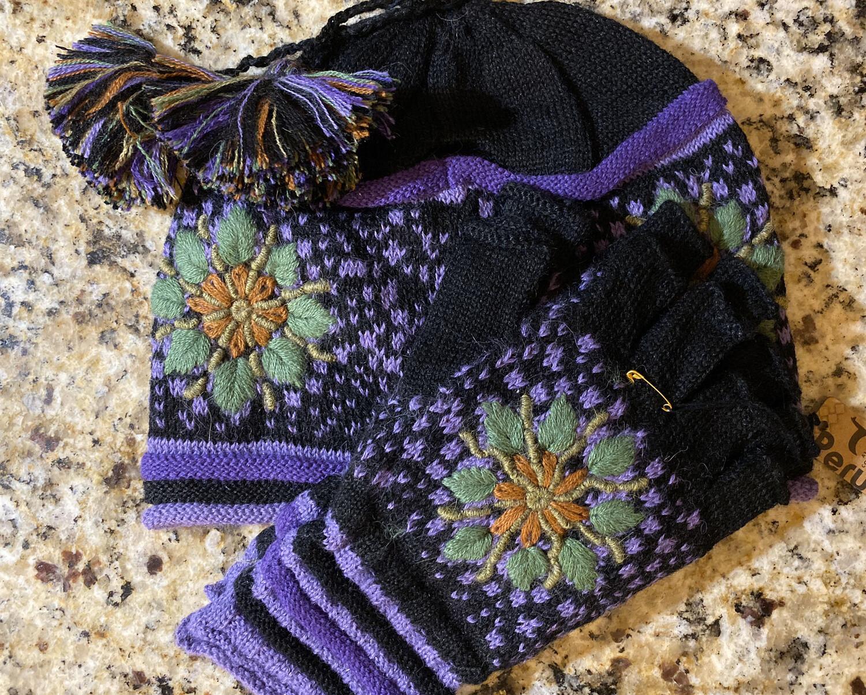 Twilight Hat And Fingerless Glove Set