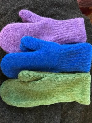 Fleece lined alpaca mittens - dyed