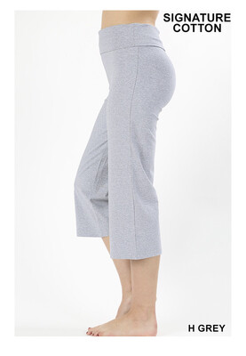Relaxed Fit Cotton Capri