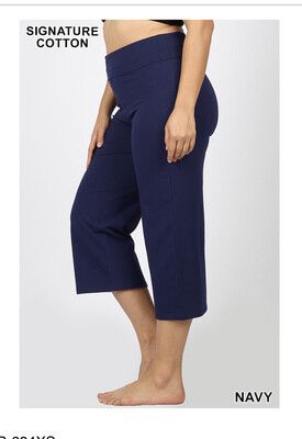 Relaxed Fit Cotton Capri: Plus Sized