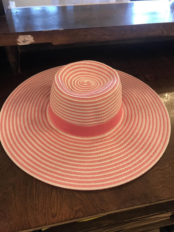 Ladies wide brim sun hat