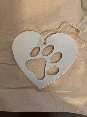 Paw print metal ornament