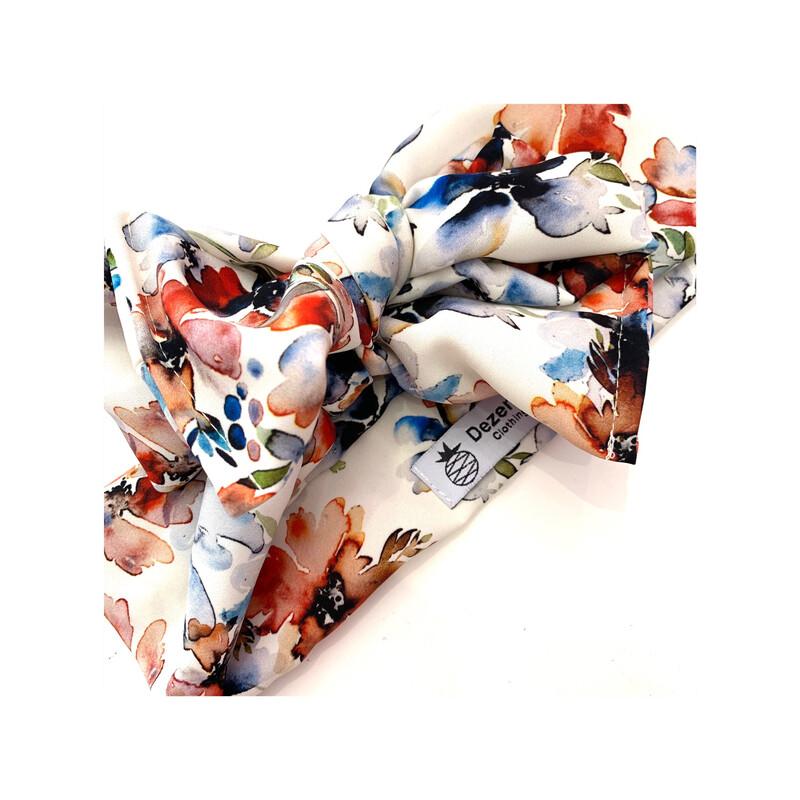 Turbante floral blanco