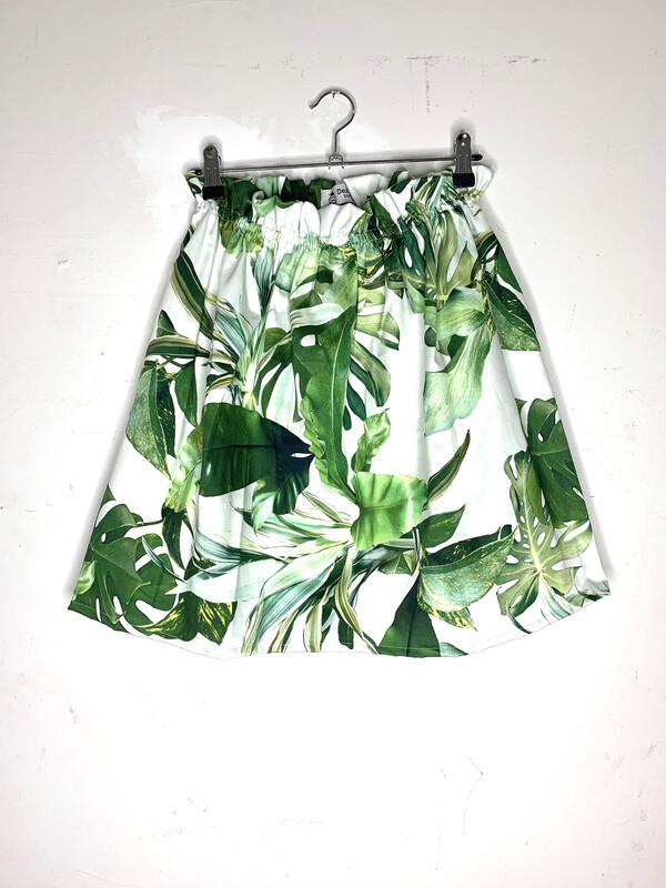 Falda hojas