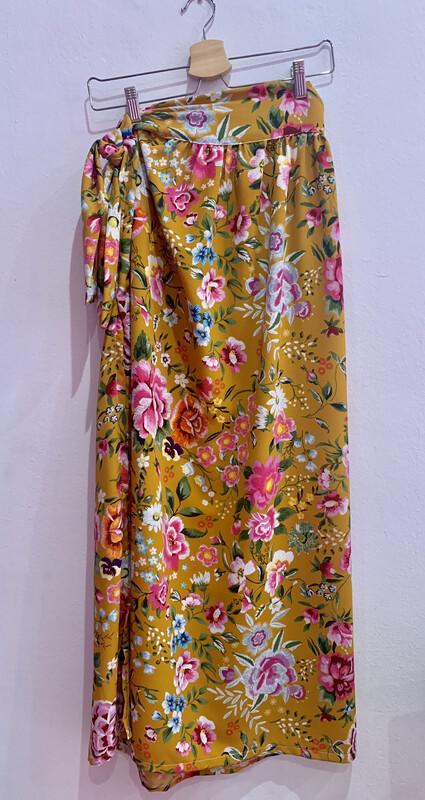 Falda larga floral