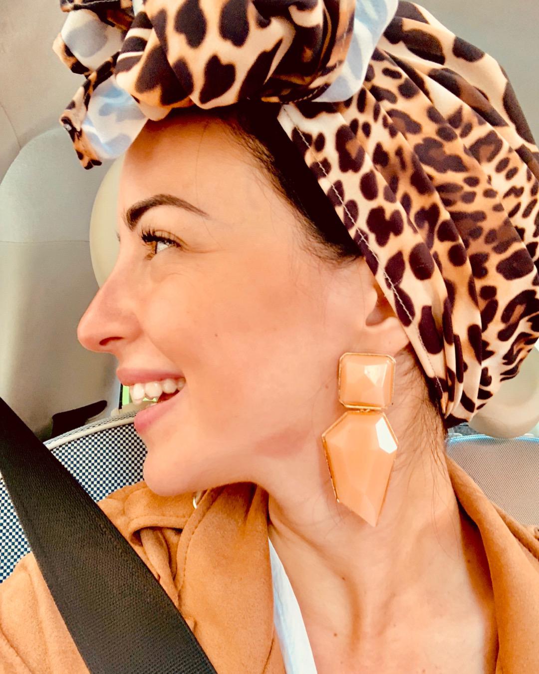 Turbante cubierto leopardo