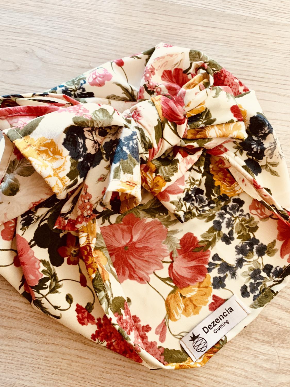 Turbante cubierto floral