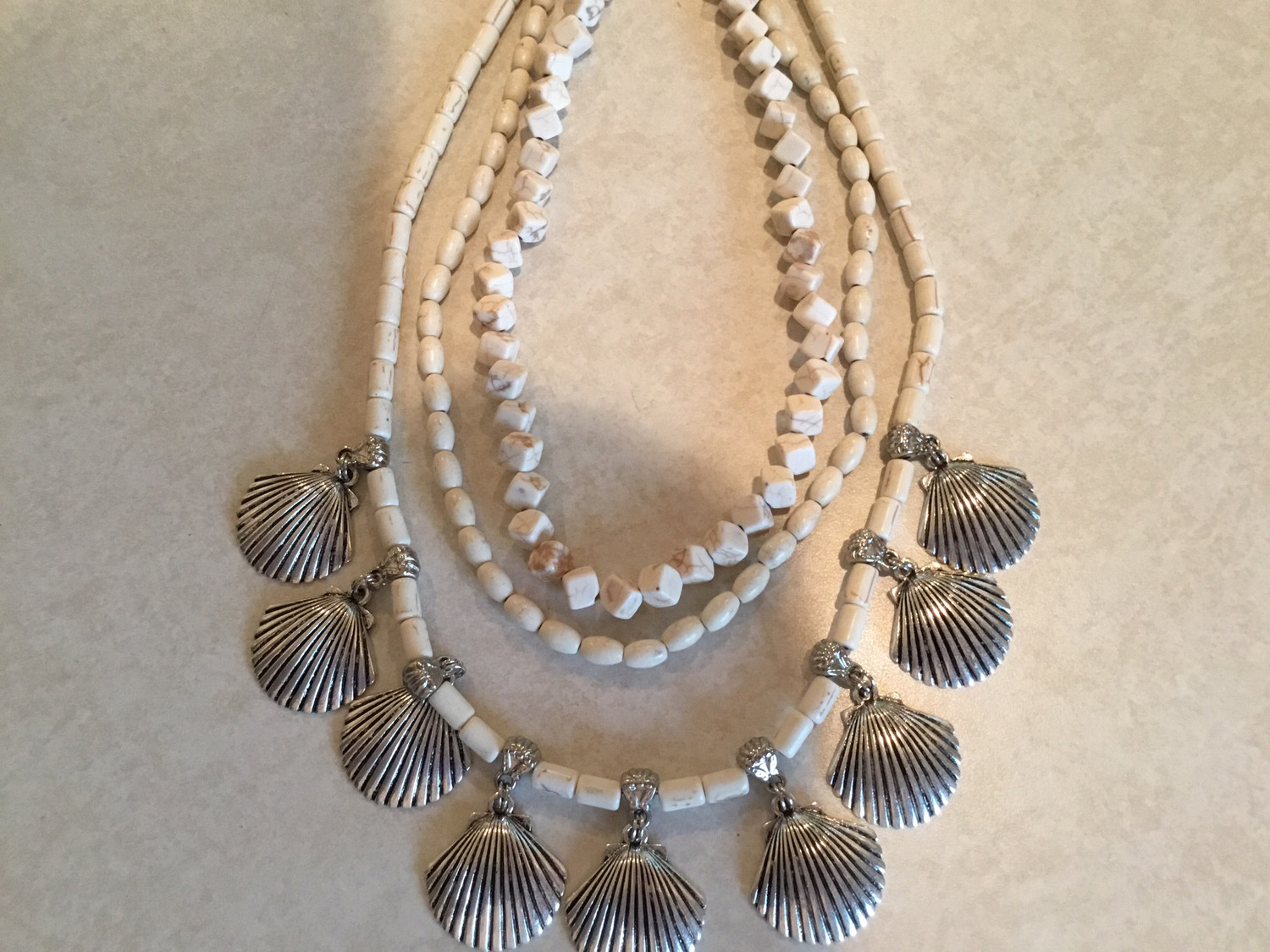 Layered Necklace With Metal Clam Shell
