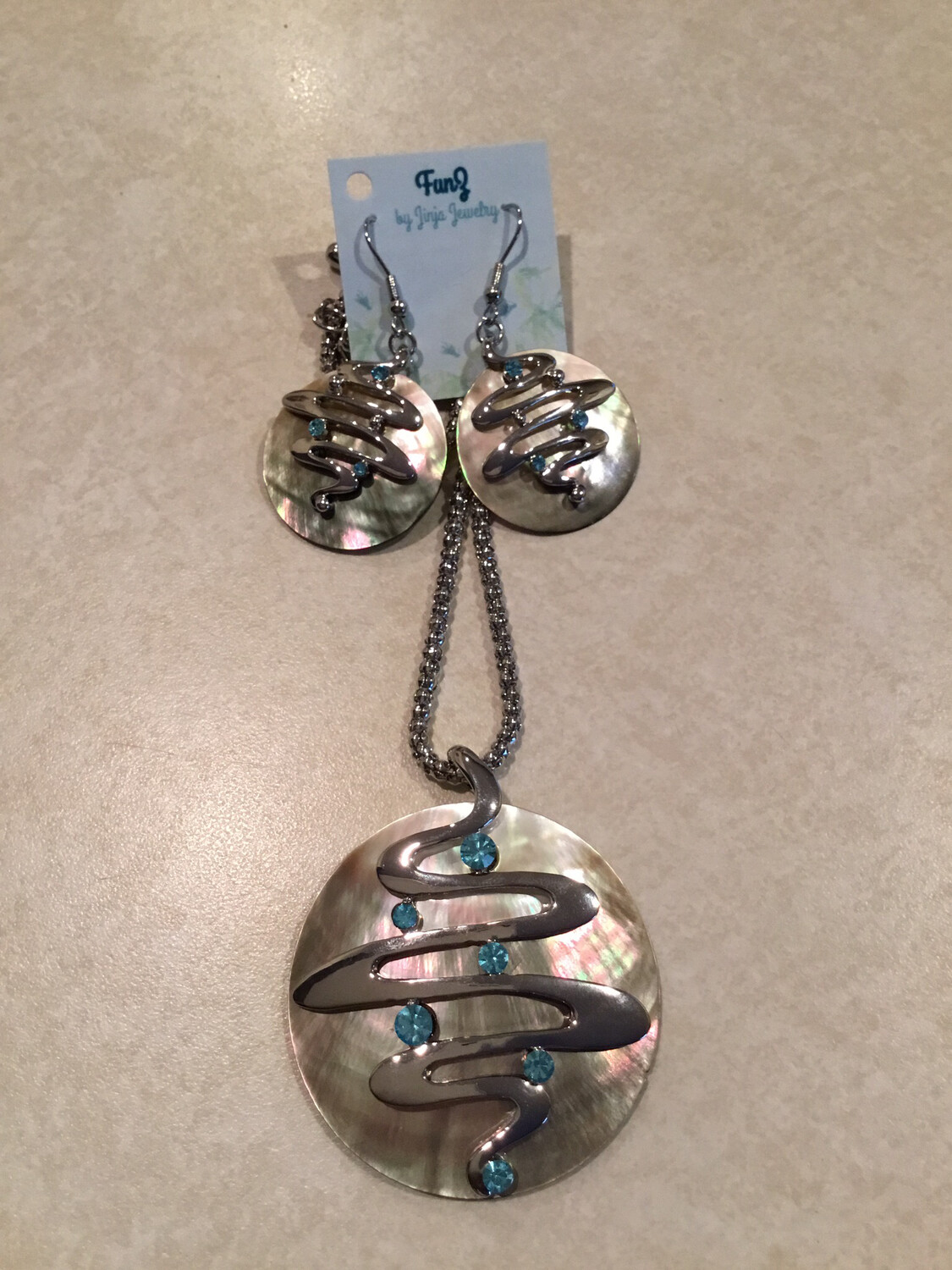 Brown Mother Of Pearl With Blue Crystal Necklace And Earring Set