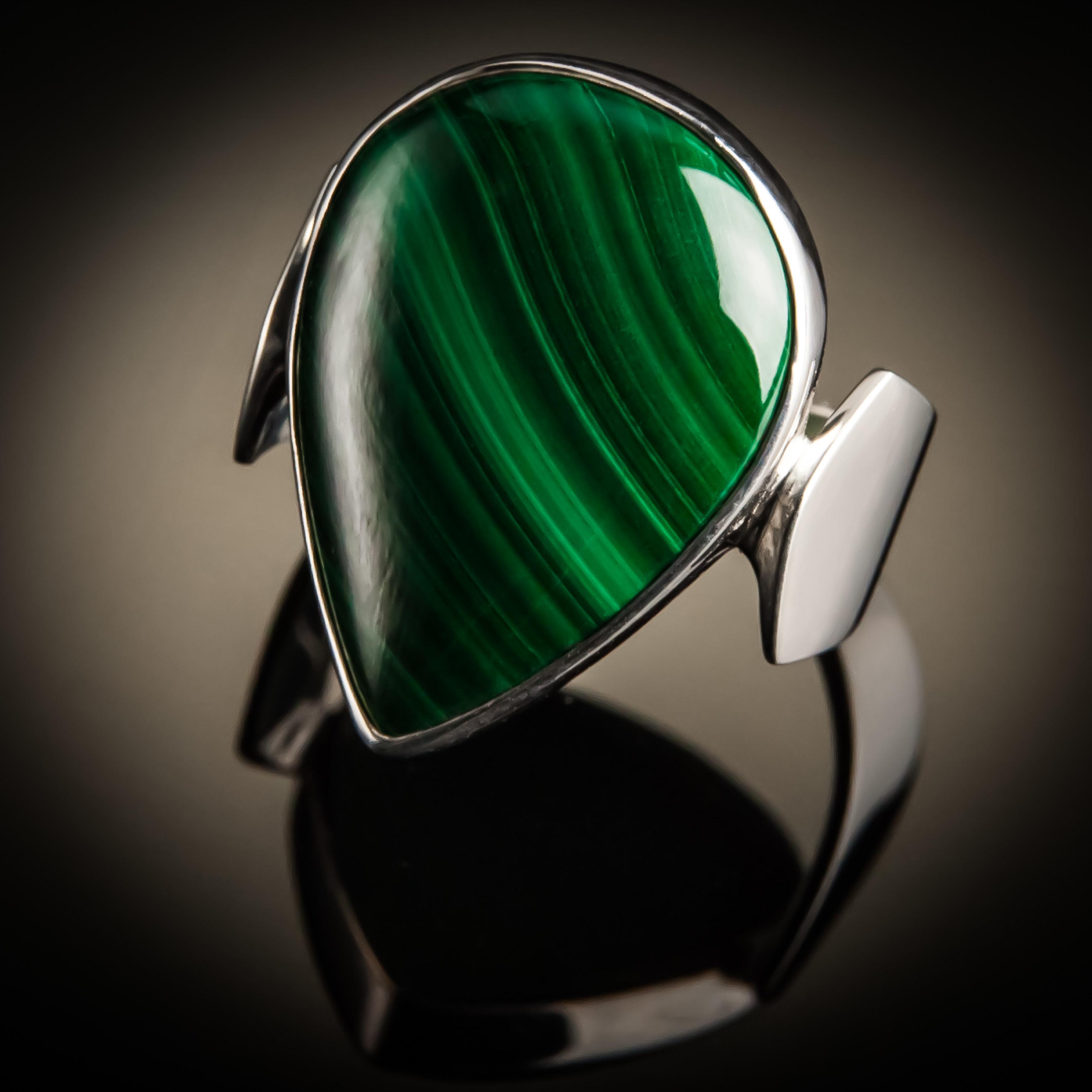 Malachite Teardrop Sterling Silver Ring R-09128-Lg-Malachite