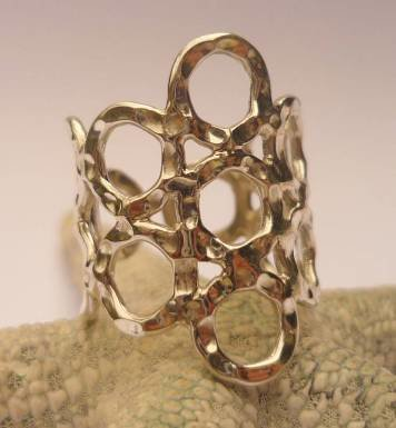 Hammered Circle Ring R-09069