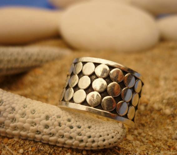 Sterling Silver Band with Bali Dot Style Ring R-09054