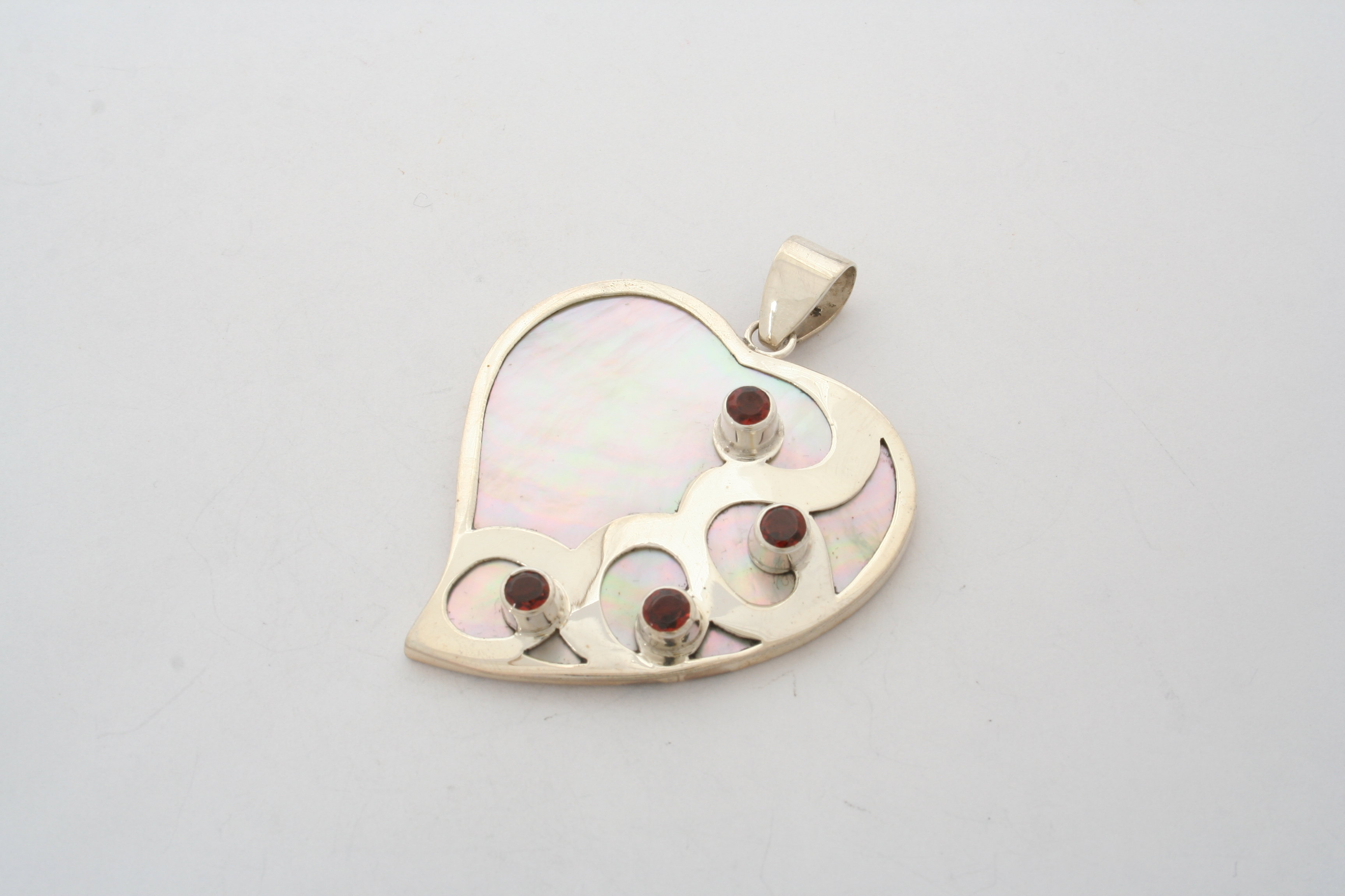 Mother of Pearl Heart Garnet Sterling Silver PKC-101