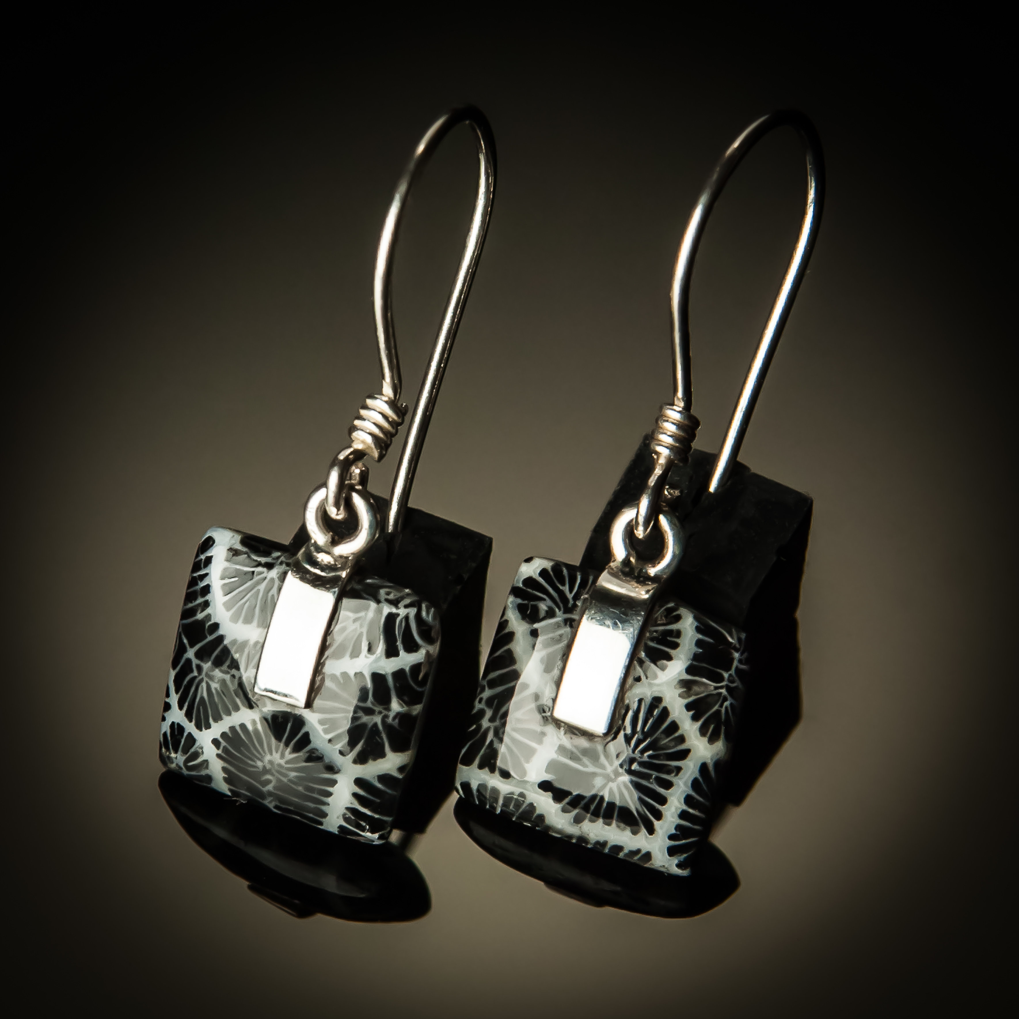 Black Coral Square Sterling Silver Earrings PKC-07Sm-Black coral