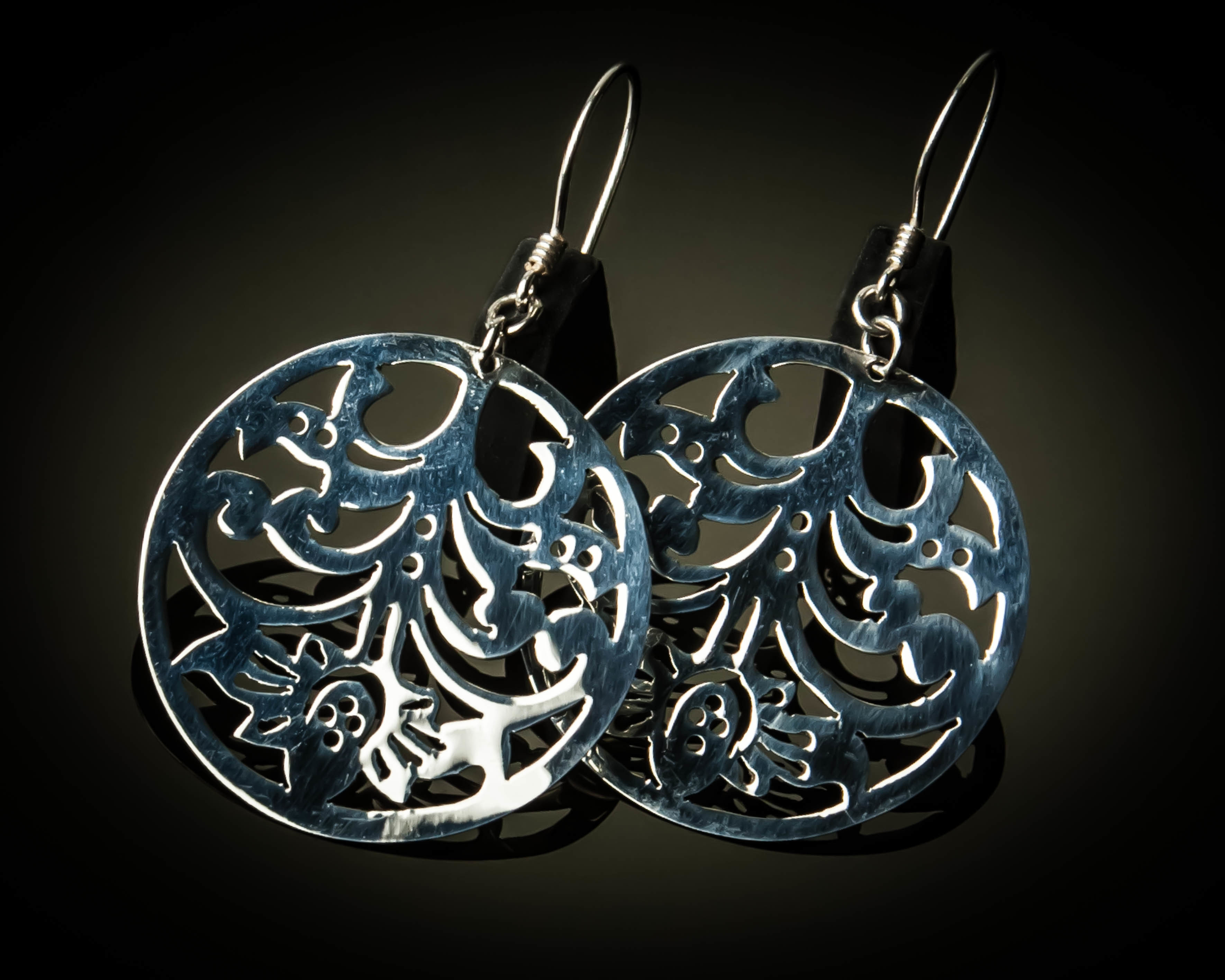 Small Round Sterling Silver Cutout Earrings ER-09069S
