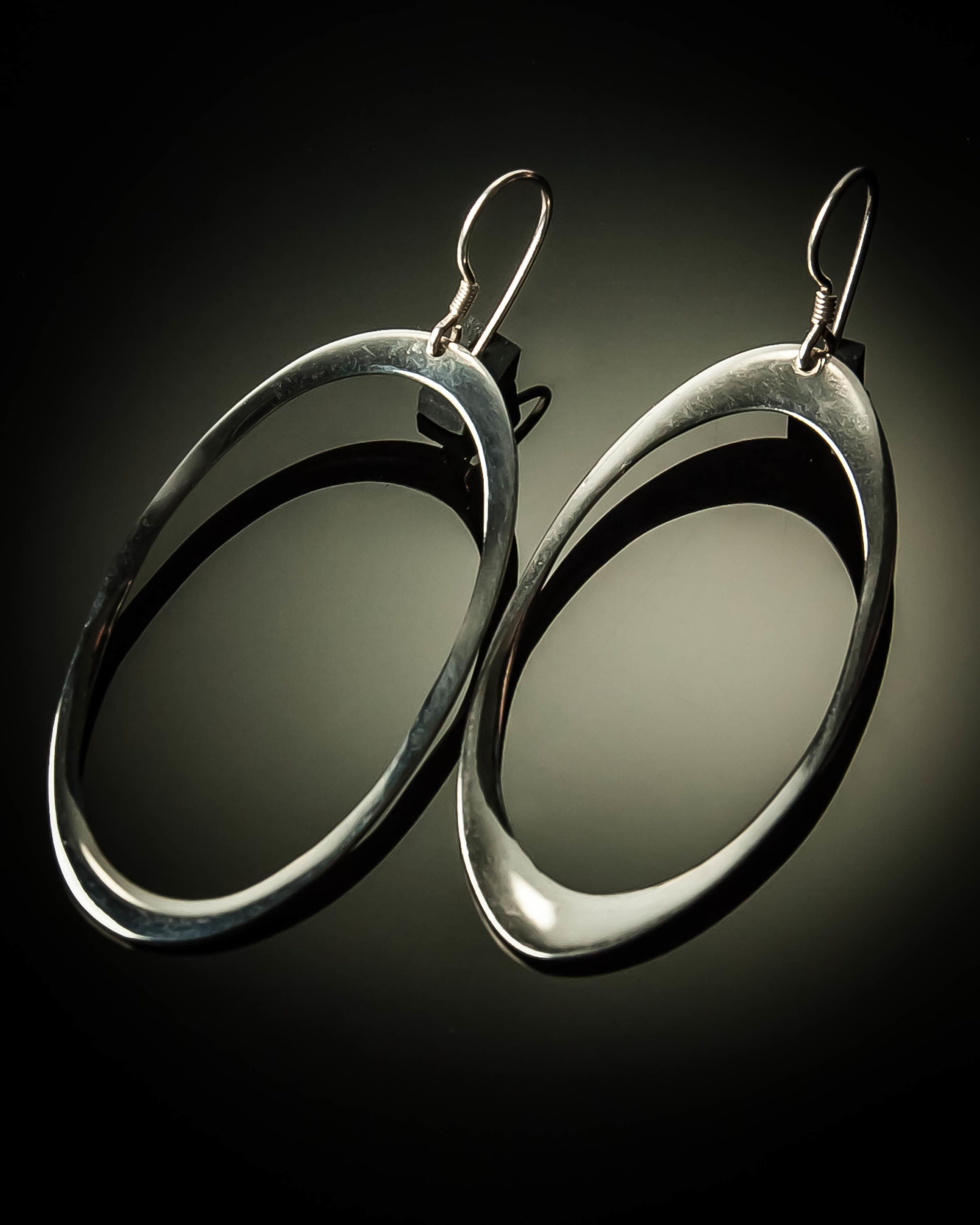 Oval Sterling Silver Earrings- Large ER-09018