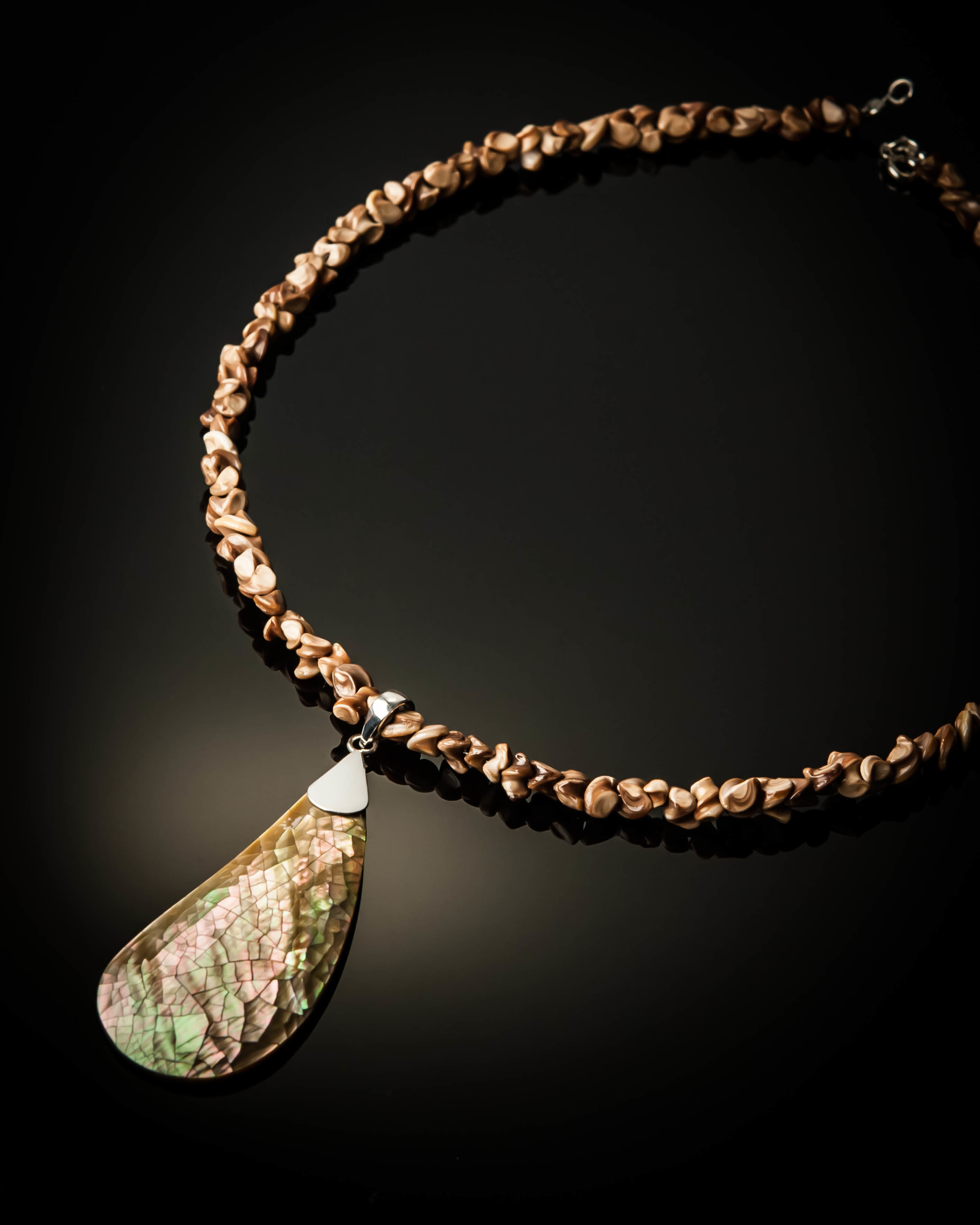 Brown Mother of Pearl Brown Shell Necklace 998