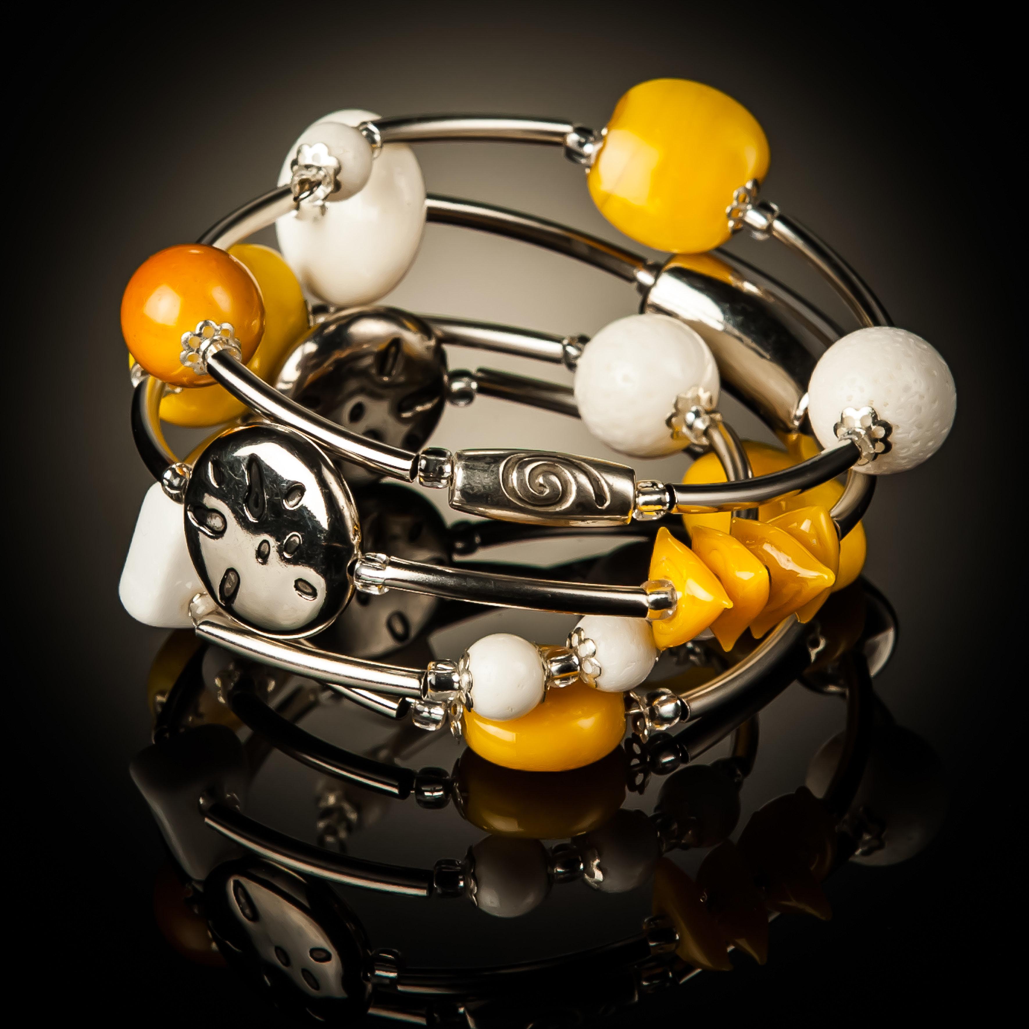 White Coral Yellow Bead Twist Bracelet 783