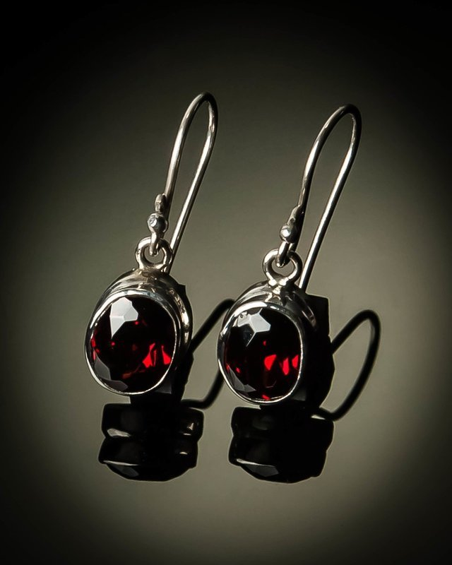 Sterling Silver Natural Garnet Earrings