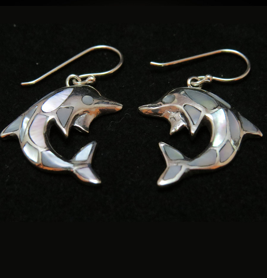 Mother of Pearl SS Dolphin Earrings ER-AER-3