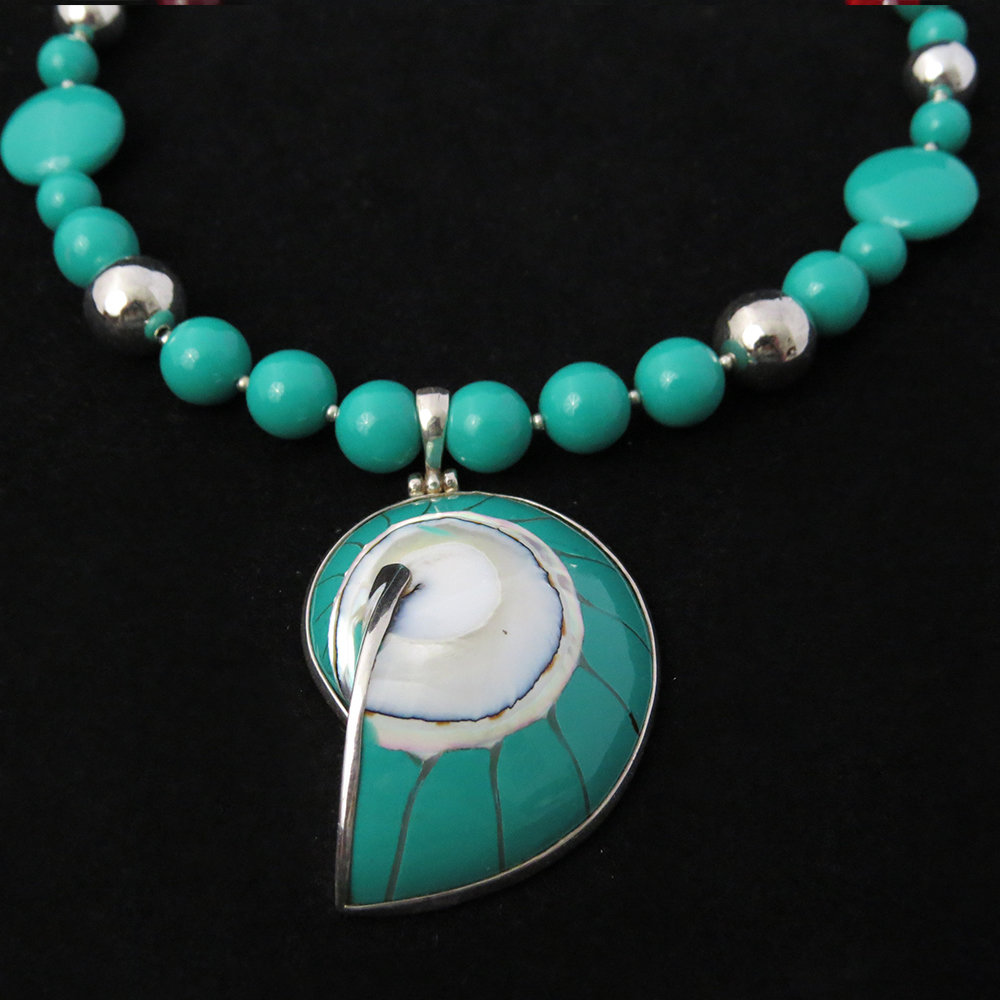Turquoise Beaded Necklace with Turquoise Nautilus Shell NK-1300 Turquoise