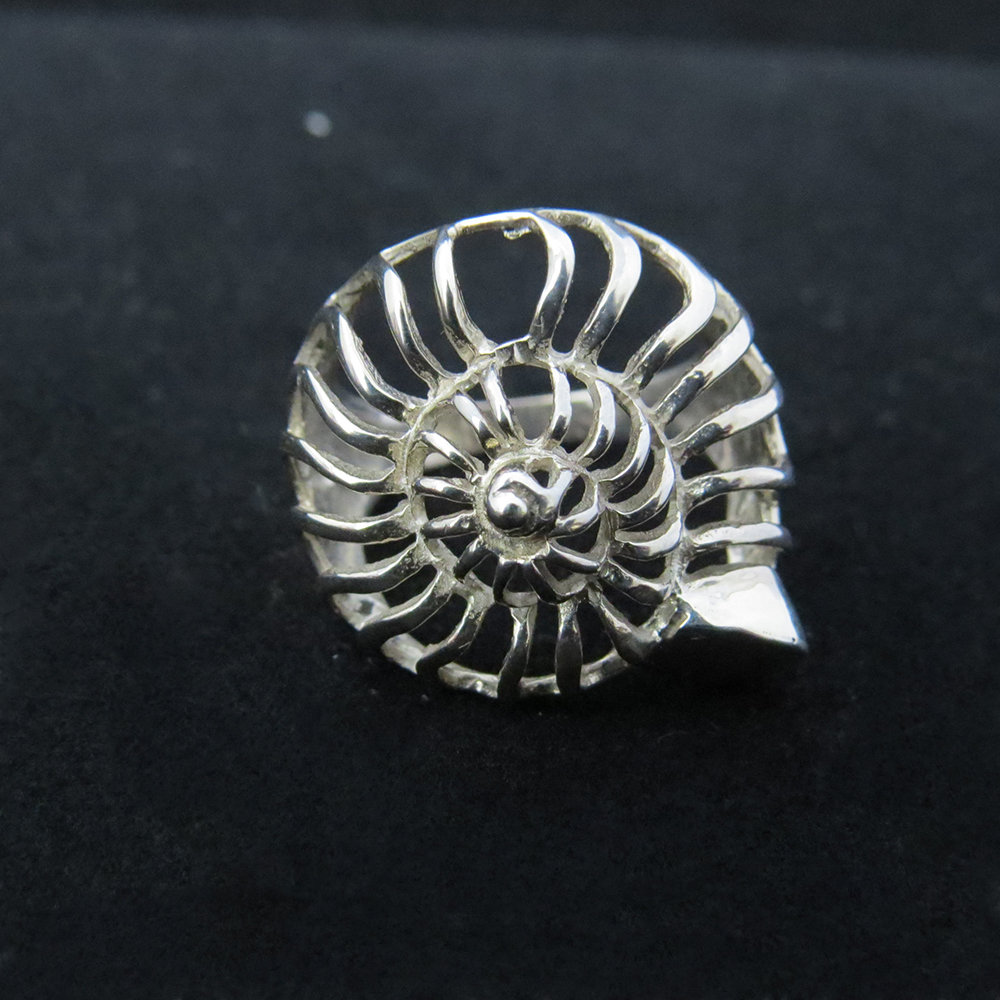 Sterling Silver Open Nautilus Shell Ring R-09213